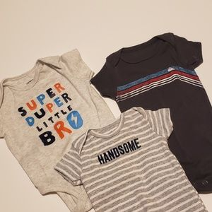 Other - Boys onesies lot size:3mo Carter's & quicksilver